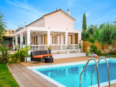 Photo for Villa Pnoe: Large Private Pool, Walk to Beach, A/C, WiFi
