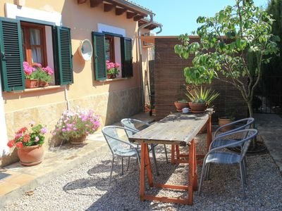 Photo for Family friendly guesthouse with pool and garden next to Palma Majorca