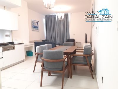 Photo for BEACHFRONT PALM JUMEIRAH 1 BEDROOM APARTMENT