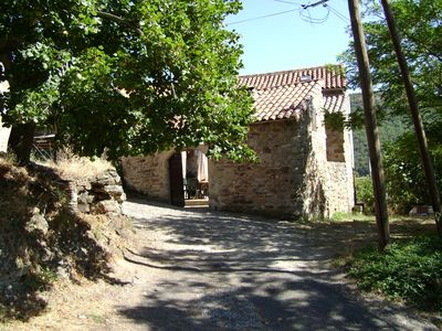 Photo for Quiet house with courtyard, in a hamlet 3 km from Saint Rome de Tarn,