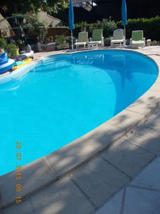 Photo for LOcation of an apartment in a Provencal farmhouse with pool in Le Pontet