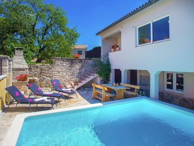 Photo for Modern and comfortable furnished holiday house with private pool and fenced yard