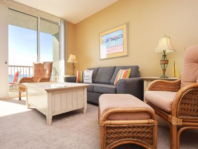 Photo for Amazing Direct Beach View, Covered Parking, Large Pool, Beach Service - We213