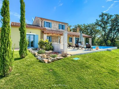 Photo for Beautiful villa with a private pool near Umag