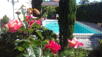 Photo for PRETTY VILLA WITH SWIMMING POOL ON THE CANAL DU MIDI