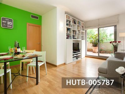 Photo for Azul mar apartment in Poblenou with WiFi, air conditioning, private terrace & lift.