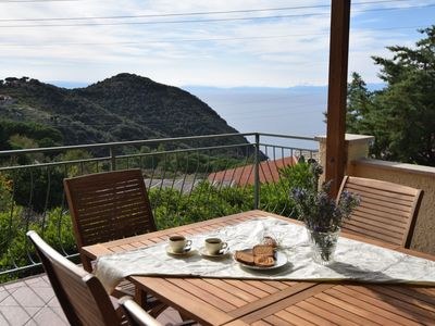 Photo for Holiday home with breathtaking sea views - Apartment Il Cisto