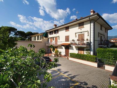 Photo for Apartment Maddalena  in Marina Pietrasanta, Versilia, Lunigiana and sourroundings - 5 persons, 2 bedrooms