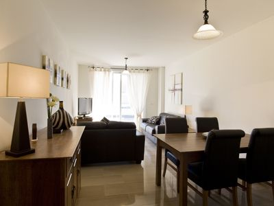 Photo for Luxury 2 bedroom apartment for up to 4 people with wifi in the beach area