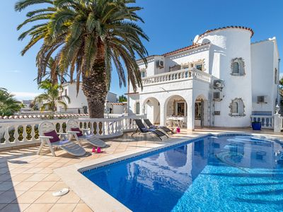 Photo for Apart-Rent-House with mooring and pool (0037)