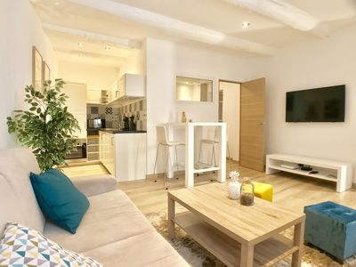 Photo for Apartment in the typical district of Old Antibes