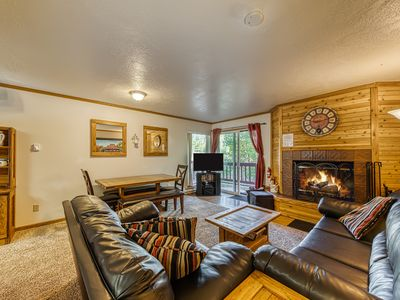Photo for Beautifully decorated, dog-friendly condo with fantastic views!