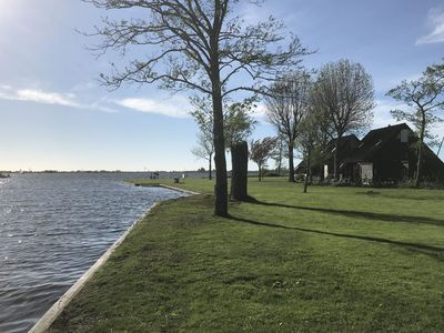 Photo for Detached holiday home, centrally located in the Frisian lake area