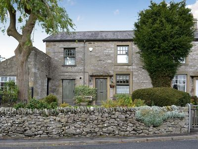 Photo for 2 bedroom property in Settle. Pet friendly.