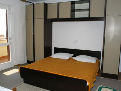 Photo for Two bedroom apartment with balcony Podgora (Makarska)