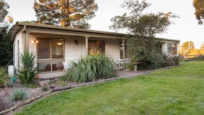 Photo for 4BR Cottage Vacation Rental in Langwarrin South, VIC