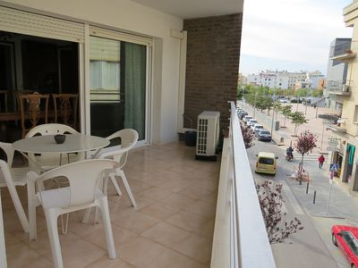 Photo for TAR. Apartment in Roses center at 300m from the beach.