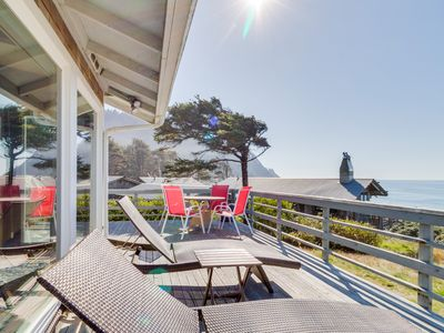 Photo for Stylish, oceanfront getaway w/ stunning views & easy beach access
