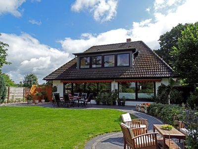 Photo for Holiday home with large garden and terrace for up to 5 persons