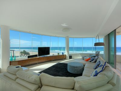 Photo for Stunning Penthouse Apartment on Gold Coast Foreshore