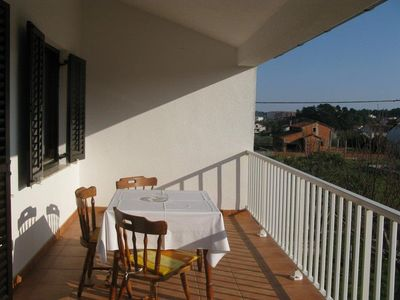 Photo for Studio flat with terrace Palit (Rab)