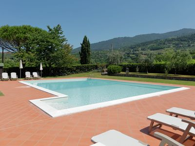 Photo for Cozy Holiday Home in Tuscany with Swimming  Pool