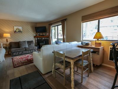 Photo for Cozy Studio With Hiking Trails Leading Directly From The Complex!