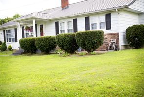 Photo for 4BR House Vacation Rental in Booneville, Kentucky