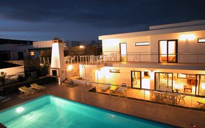 Photo for Luxurious Villa, 8 En-Suite Bedrooms, Huge Pool Area And Private Terraces, Moder