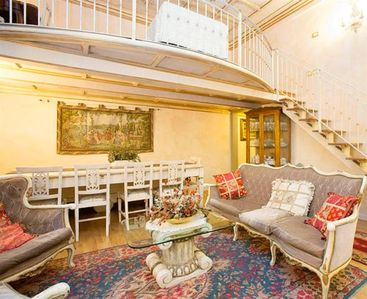Photo for Donna Renata elegant and spacious in the heart of Florence
