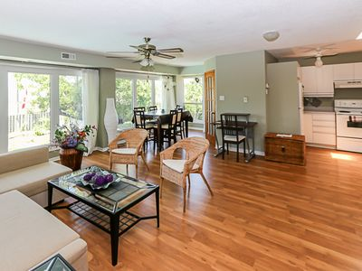 Photo for Apartment in South Mississauga near Highway