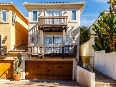 Photo for Gorgeous Cardiff Home, Sunset Dreams 3 blocks to beach and ocean sunset views from roof deck.