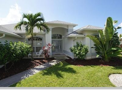 Photo for The Villa Camilla with boat lies on the canal in Cape Coral with direct sea access