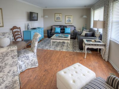Photo for Maplewood @ MidTown - Room for Three Families!