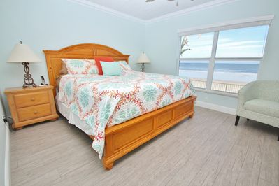 Wake Up to the Sight of the Ocean in Your King Sized Bed