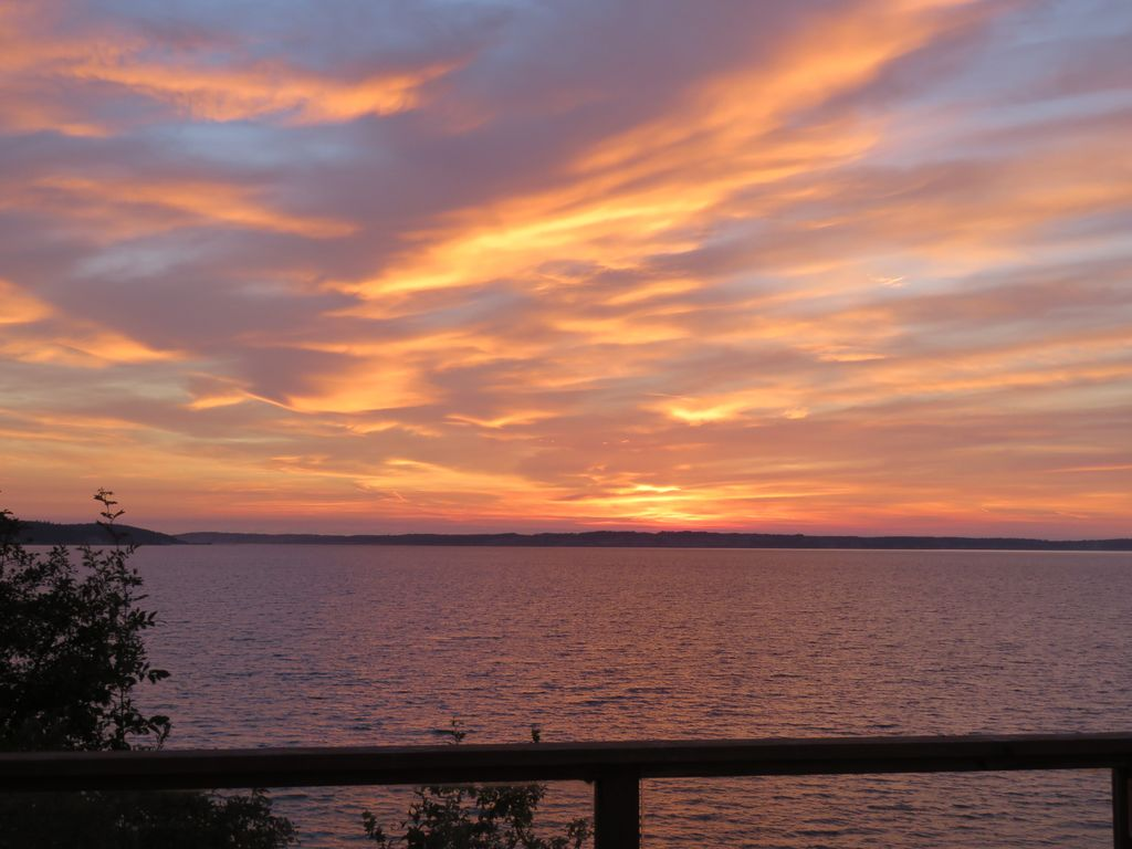 Get cozy at the camano sunset beach cottage vrbo frequent sunsets like this made picking a name for your vrbo cottage easy nvjuhfo Image collections