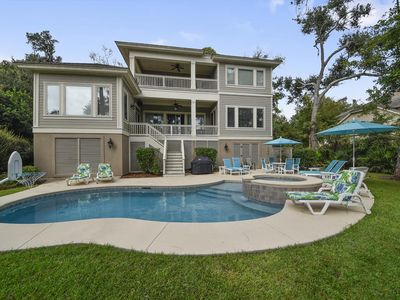 Photo for 5 Bedroom, 3rd row home on the beach path with Private pool in Palmetto Dunes