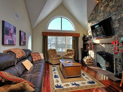 Photo for ski on/off, 2 bedroom w/ loft Winterplace condo, Sleeps 8