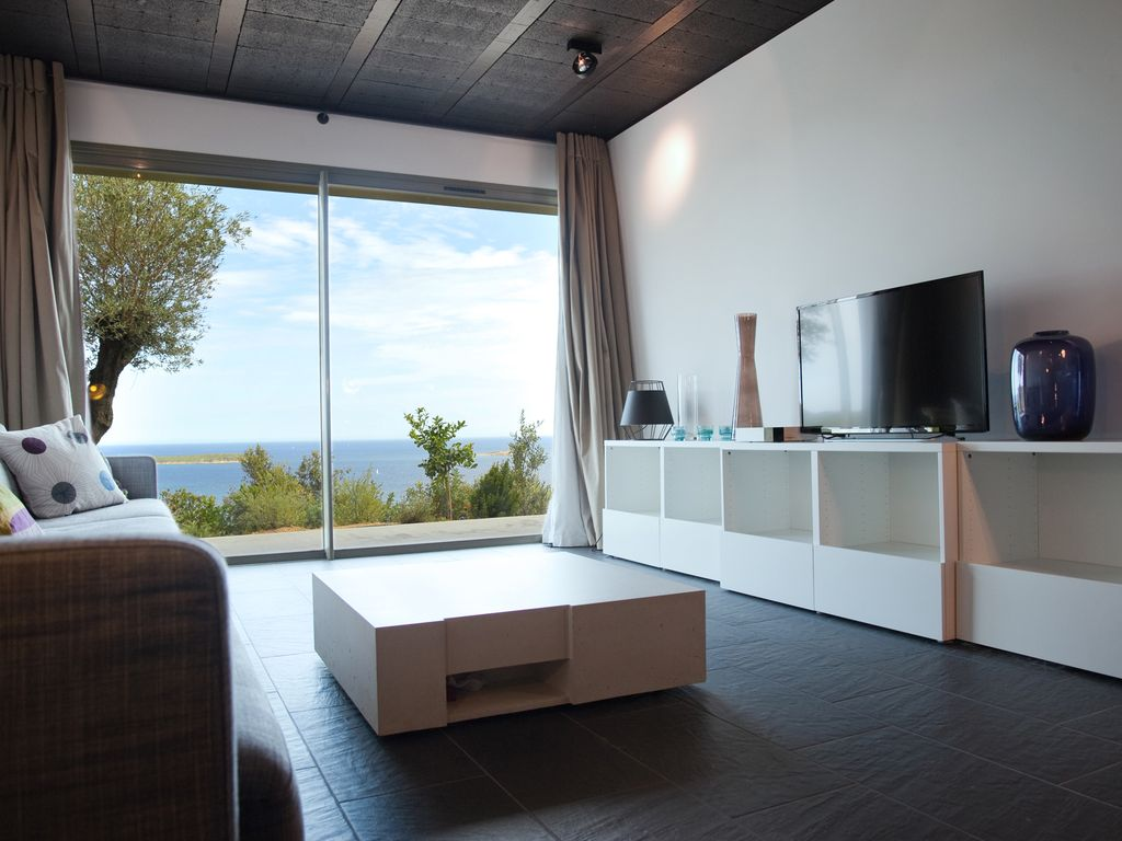 Luxury Bedroom Villa With A Beautiful View Of Palombaggia With