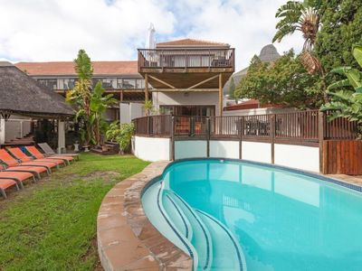 Photo for Apartment Planet 1 in Kapstadt - Sea Point / Green Point - 4 persons, 2 bedrooms