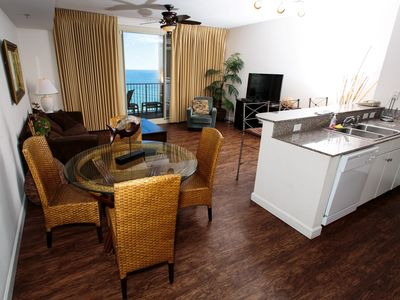Photo for 2 bedroom 3 bath with 1st Floor RESERVED Parking Space, 20th Floor, Sleeps 8