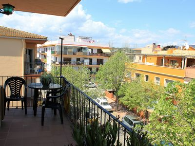 Photo for Very nice apartment on the 3rd and 300 m from the beach. Large balcony. 400 € to 600 €.