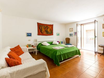 Photo for In the heart of  Kalsa, a delightful apartment. Wi Fi Free! Parking Free!