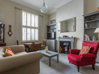 Photo for Cumberland Street IV  - luxury 2 bedrooms serviced apartment - Travel Keys