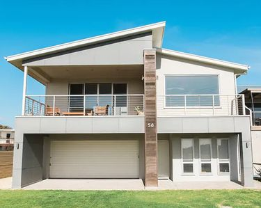 Photo for Enjoy beach front living with amazing ocean views