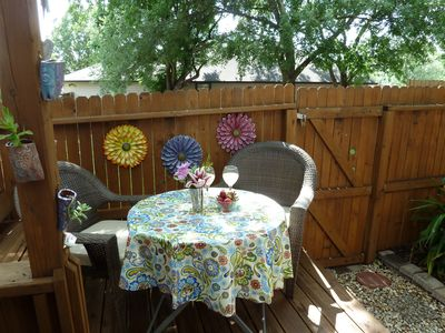 Charming NW San Antonio Townhome ,  Perfect location to see it all.
