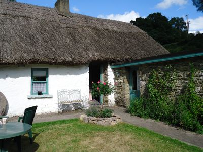 Photo for Traditional Irish Cottage located in outstanding scenery