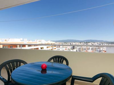 Photo for Apartment with swimming pool/WIFI in quiet surroundings (ideal for families)