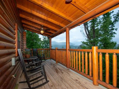 Photo for Hideaway Haven - Hot Tub - Fireplace - Pool Table - 3.7 miles to Pigeon Forge, Dining & Shopping