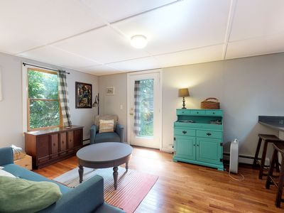 Photo for Cozy cottage w/ remodeled kitchen - less than a mile from Woods Hole Ferry